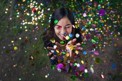 Play With Confetti at This Pop-Up Photography Event