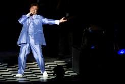 Fans Mourn Mexican Singer Juan Gabriel