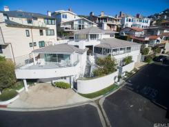 Warren Buffett's Laguna Beach Pad Listed for $11 Million