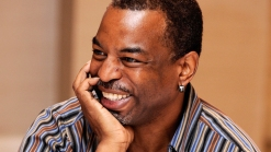 "LeVar Burton Brings ""Reading Rainbow"" Back"