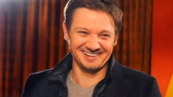 First Look: Jeremy Renner On SNL