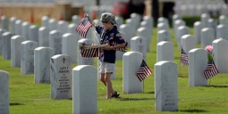 Scouts Honor Veterans for Memorial Day With Gravesite Flags