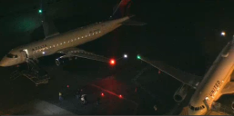 Two Planes Clip Wings at Hollywood Burbank Airport