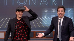 'Tonight': Virtual Reality Pictionary With Orlando Bloom