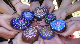 'Rock Fairy' Delivers Hand-Painted Rocks to Strangers