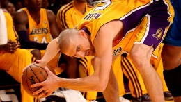 Injury Report: Steve Blake Out 2 More Weeks