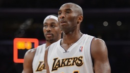 Kobe Goes for 30,000 points as Lakers Take on Hornets