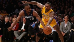 D'Antoni Happy With World Peace in Win Over Bobcats