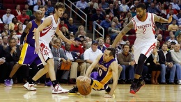 Lakers Winless in 2013, Spurs Up Next