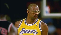 Kareem Abdul-Jabbar: On and Off the Court
