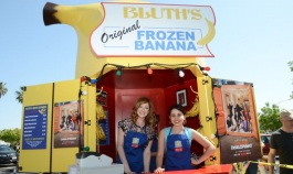 The Bluth Banana Stand Hits the Grove