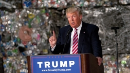 Trump Blasts Trade Deals, Departing From GOP Orthodoxy
