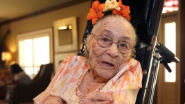 American Woman Now World's Oldest, Wants to Meet Obama