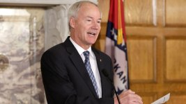 Arkansas Governor Dismisses Calls for Full Execution Probe