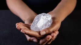 Tennis Ball-Sized Diamond Could Fetch $70M