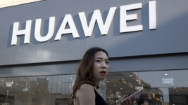 Huawei Faces Loss of Some Google Services After US Ban