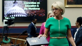 DeVos Incorrectly Says Schools Can Call ICE: Advocates