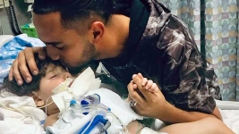 Yemeni Mother Granted Waiver From Trump's Travel Ban to See Dying Son