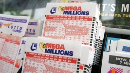 Holiday Jackpot? Mega Millions Climbs Again to $415M