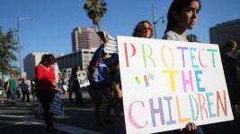 Advocates Warn Against Detaining Families Indefinitely