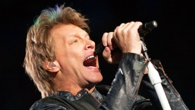 "Bon Jovi to Bieber: Don't Be an ""*&$#"" to Fans"