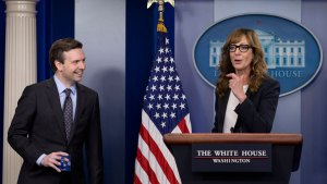 """Former Star of """"The West Wing"""" Greets WH Reporters"""