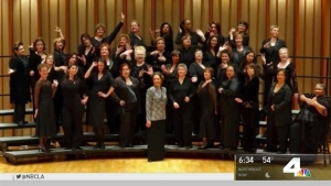 Choir Group Shows Support for Womens March Through Song