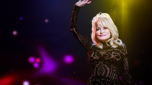 Dolly Parton Says She Contemplated Suicide Years Ago on New Podcast