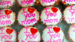 Budget-Friendly Gifts for Mom