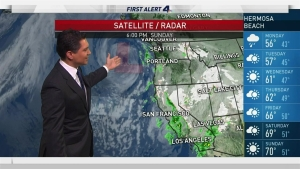 After a heavy downpour, intermittent showers are expected to hit Monday morning. Anthony Yanez has your First Alert forecast for Sunday, Jan. 22, 2017.