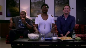'Late Night': Meyers and Leslie Jones Watch 'Game of Thrones'
