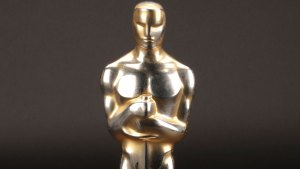 Best-Picture Oscars For Sale in Rare Auction