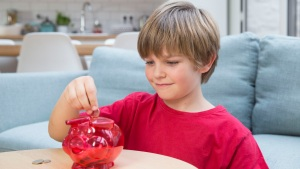 Here Are 4 Basics to Teach Your Kids About Finance