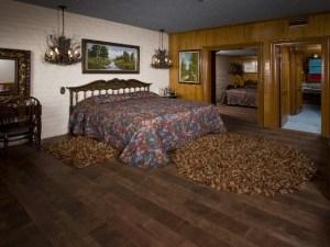 Autumn's Honorary Hotel Room