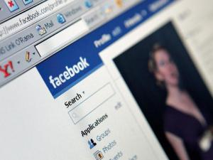 Facebook May Use Profile Pics to Identify Users