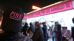 Score 80-Cent Chili Dogs for Pink's 80th Anniversary