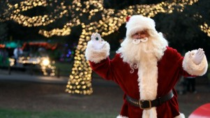 Irvine Park Railroad: Christmas Train Tickets Date