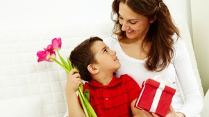 Weekend: Find Great Mother's Day Ideas