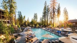 Rush Creek Lodge: Stay, Help Yosemite Conservancy
