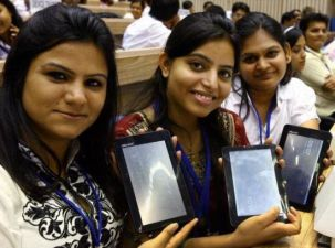 Android-Powered Aakash Tablet Becomes World's Cheapest