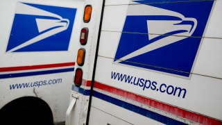 Postal Service Says It Lost $200M Over Holiday Season