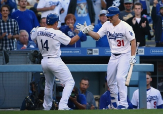 Dodgers Hit Homers, Marlins Avoid Sweep in 5-4 Win