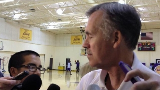 Coach Mike D'Antoni at Lakers Practice