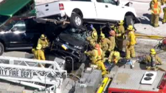 Cars Collide on 14 Freeway
