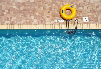 Palm Springs Cool: Find Those Hot Weather Deals