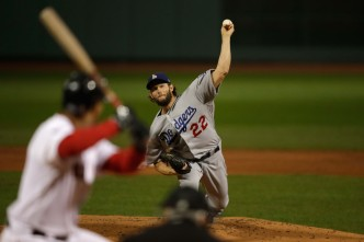 Clayton Kershaw Will Stay in LA, Agreeing to Three-Year Deal With Dodgers