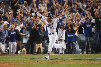 Dodgers Win Game 2 of NLCS in Dramatic Walk-Off Finish