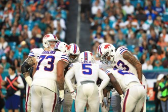 Bills, Titans, Falcons Make Way Into Playoffs With Wins