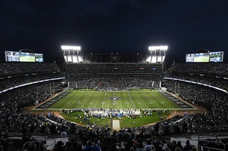 Raiders, Coliseum Board to Discuss Playing 2019 in Oakland