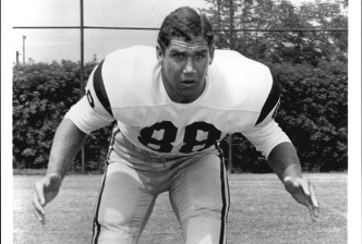 Tim Rossovich, Actor and Former NFL Player, Dies at 72